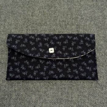 61. large pocket