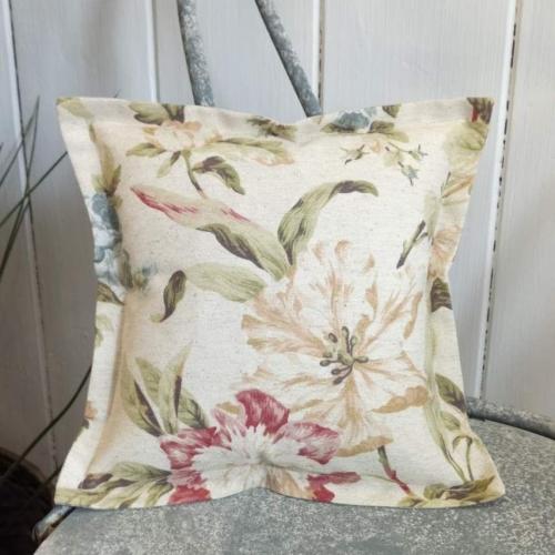 1. mini linen cushion