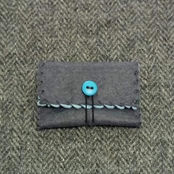 47. mini pouch