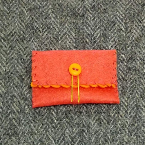 54. mini pouch