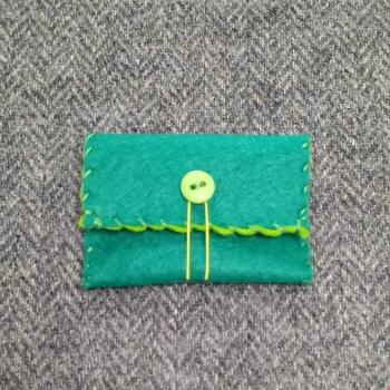56. mini pouch