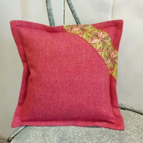 14. mini tweed cushion