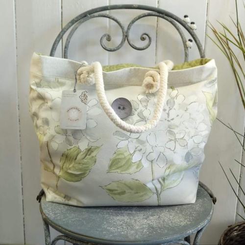 13. boathouse bag