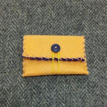 63. mini pouch