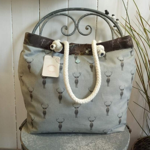19. boathouse bag