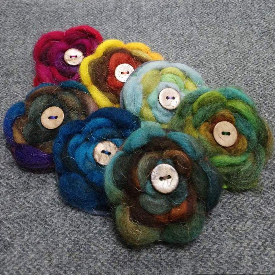 <!-- 008 -->wool brooch