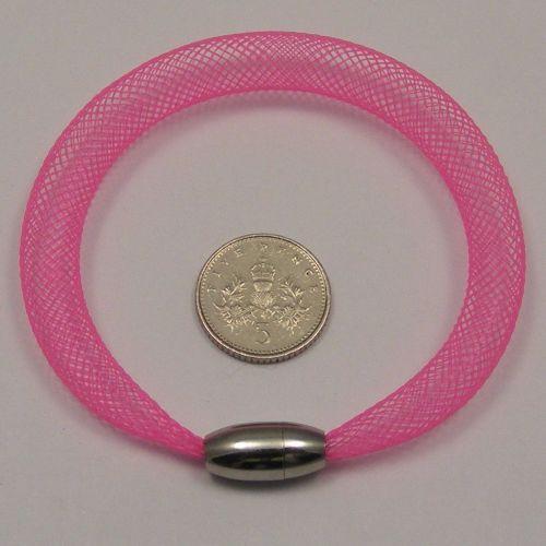 <!--085-->8mm Crin x 1 metre - Neon Pink