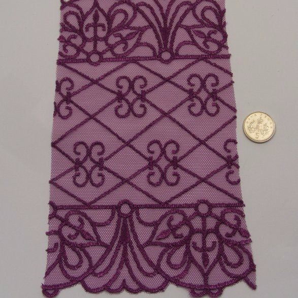<!--033-->Lace - Purple Art Deco