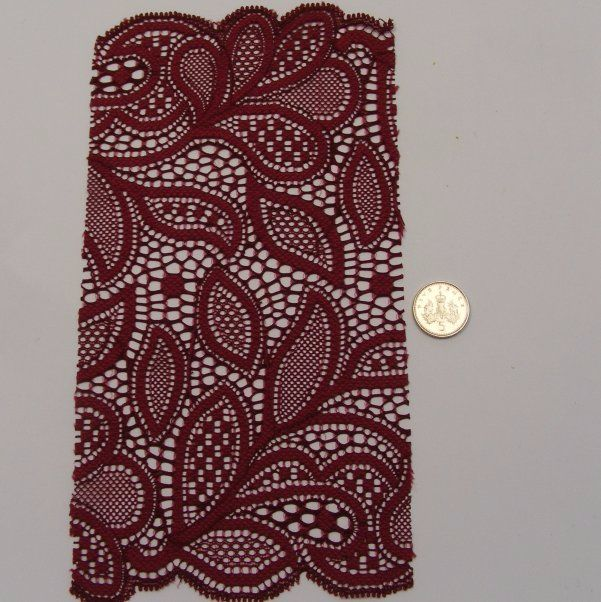 <!--037-->Lace - Burgandy Leaves