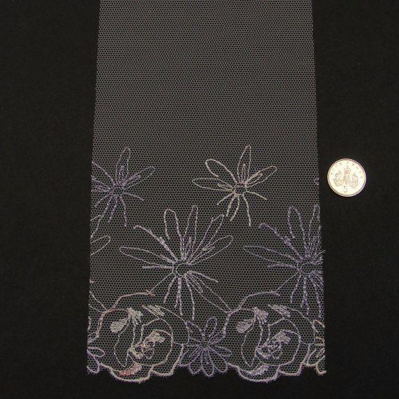 <!--038-->Lace - Lilac Daisy