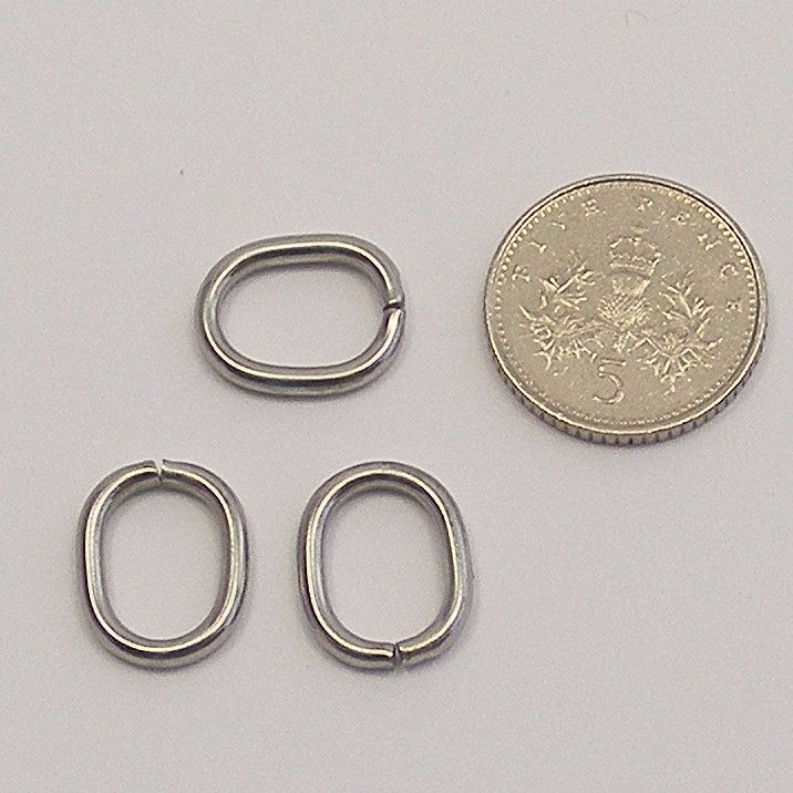 <!--051-->Stainless Steel Oval Jump Rings - 13mm (x20)