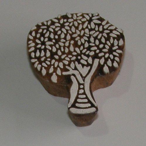 <!--041-->Tree