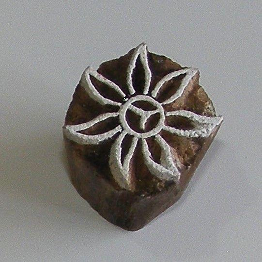 <!--006-->(F 6)Flower