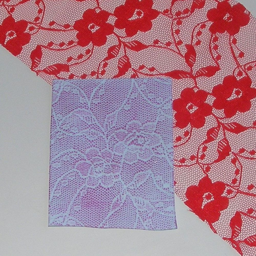 <!00008-->(BL 08)Red Pansy Lace - Bangle Length