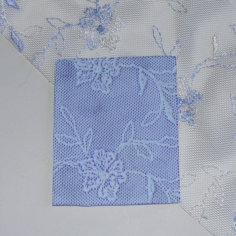 <!--009-->(BL 09)Blue Trailing Lace - Bangle Length