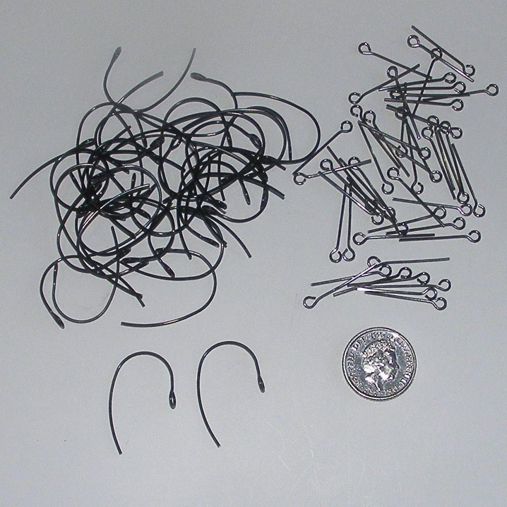<!--022-->(EB 01V) Black Ear Wires and Gunmetal Eye Pins (20 pairs)