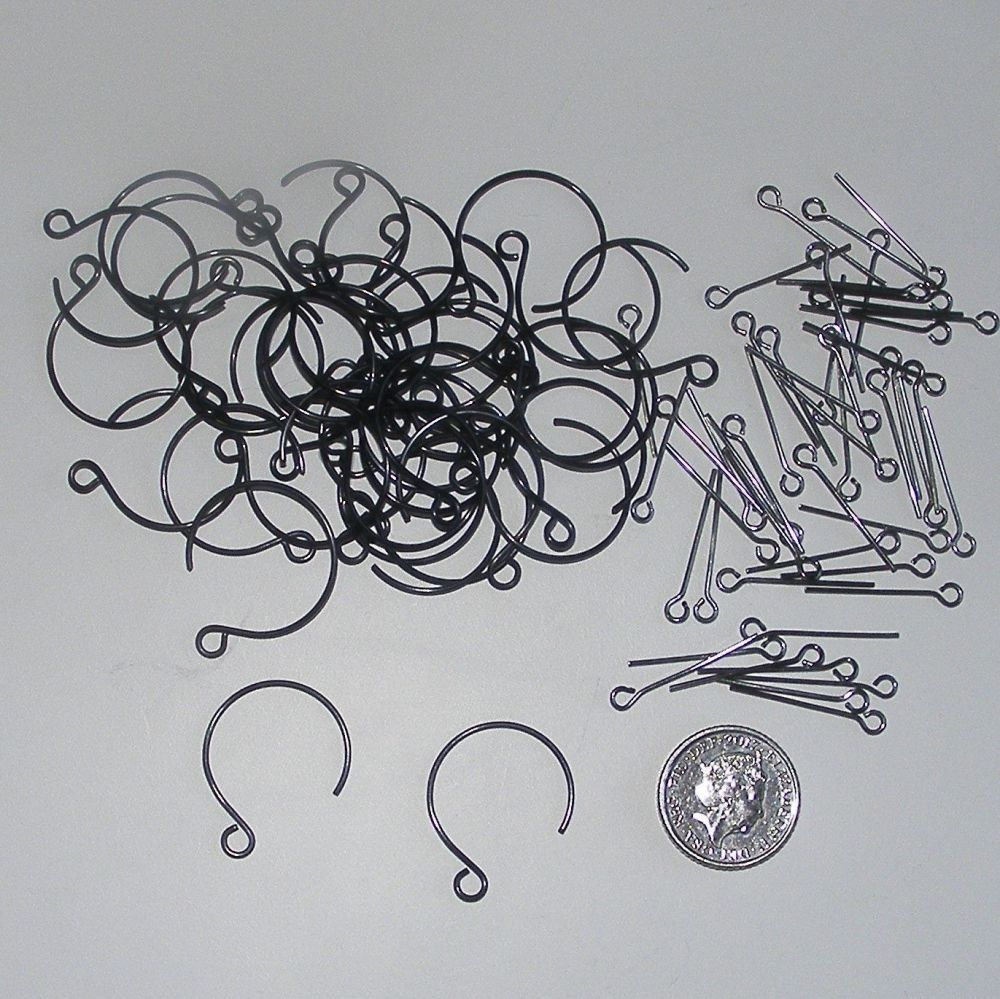 <!--024-->(EB 02V) Black Ear Wires and Gunmetal Eye Pins (20 pairs)