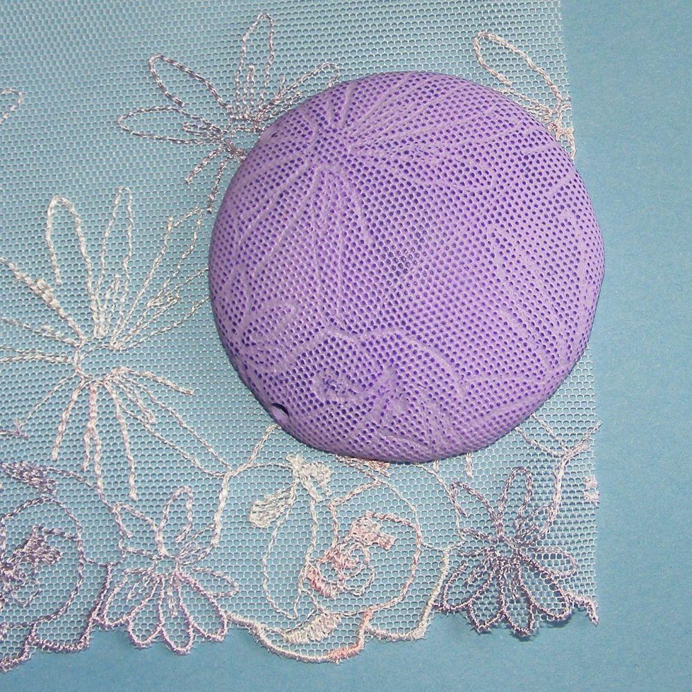 <!--038-->(L38) Lace - Lilac Daisy