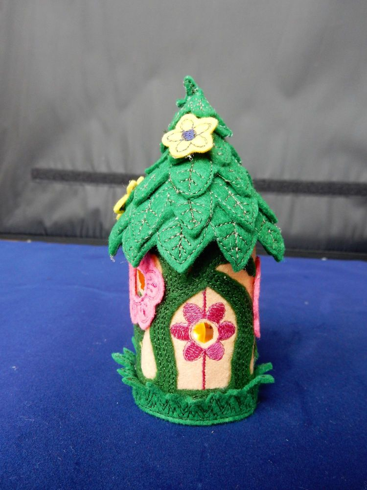 Leafy fairy cottage