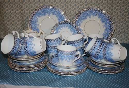 Edwardian / Victorian Blue Leaf Tea Set for 12 & Victorian / Edwardian China Tea Set for 12 - Blue Leaf \u0026 Fern ...