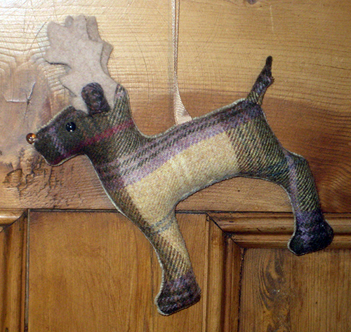 Tweed Stag - Honey