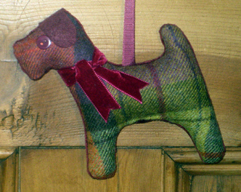 Tweed Terrier Dog - Fruit