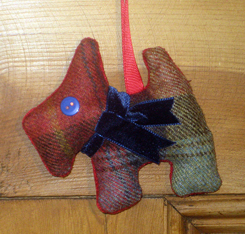 Tweed Scottie Dog - Orchard