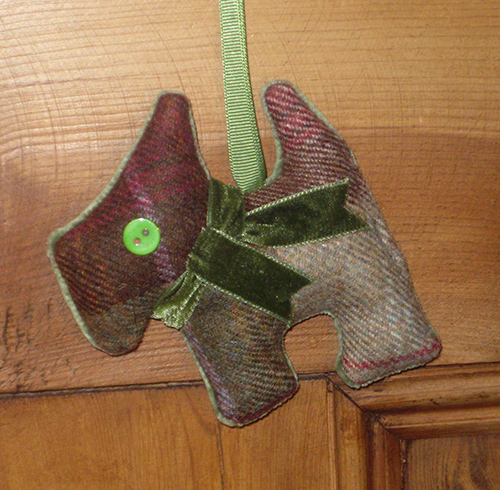 Tweed Scottie Dog - Autumn