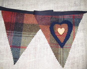 Rustic Heart Bunting - Orchard