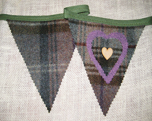 Rustic Heart Bunting - Woodland