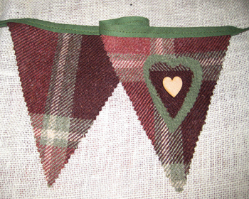 Rustic Heart Bunting - Forest
