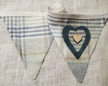 Rustic Heart Bunting - Cream