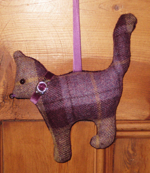 Tweed Cat - Blackberry