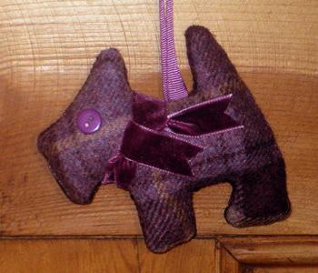Tweed Scottie Dog - Blackberry
