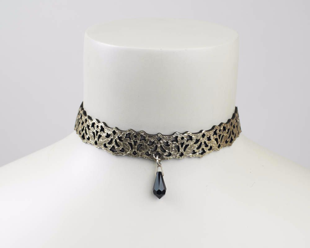 Leather lace choker in Gold-Black or Silver -Black reversible