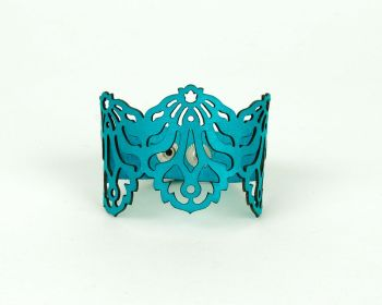 "Laser Cut Leather Bracelet ""Falling leaves"" in Turquoise"