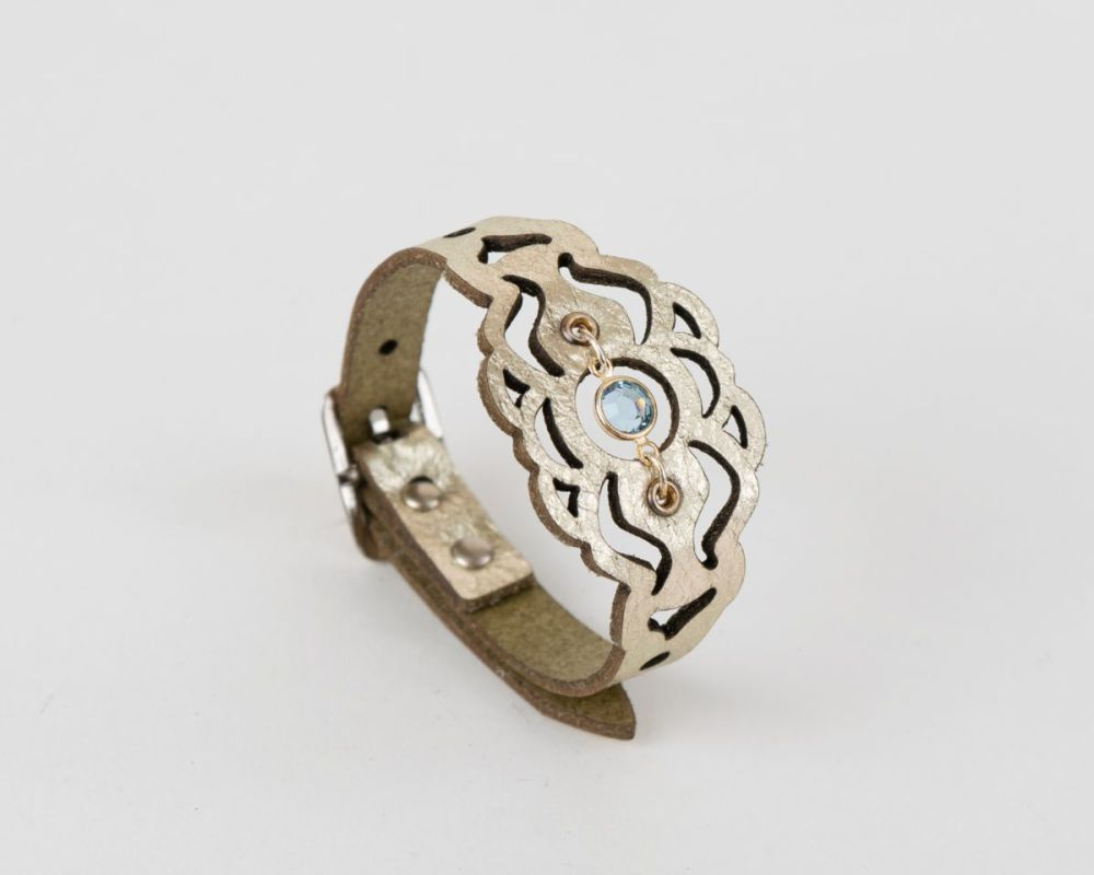 Leather Bracelet with Swarovski Birthstone Crystal in Platinum Gold