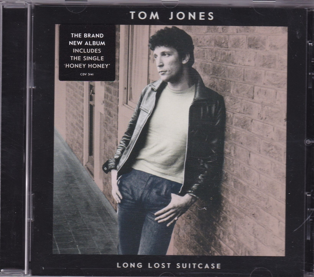 Tom Jones       Long Lost Suitcase        2015 CD