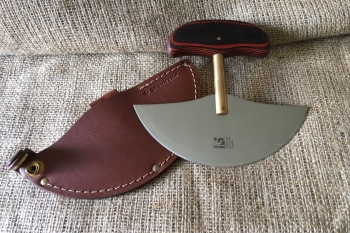 Ulu Knife with Leather Sheath (ex VAT)