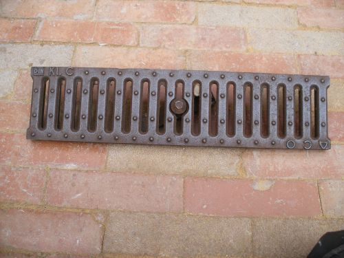 Antique Cast Iron Drain Culvert Covers Grill 20