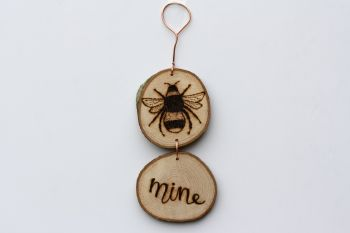 Hanging Wood Slice & Copper Bee Mine Wall Decoration