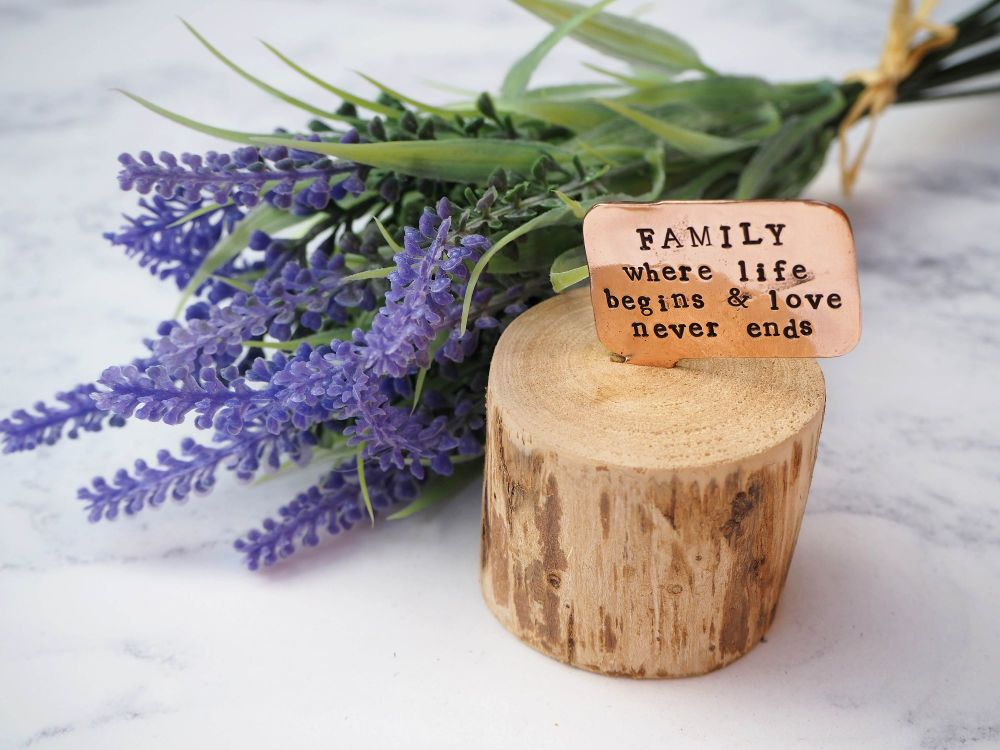 Wooden Log & Copper Quote Display - FAMILY