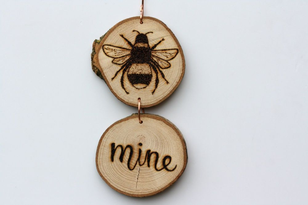 Hanging Wood Slice & Copper Bee Mine Wall Decoration 2