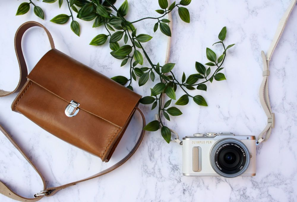 Genuine Hand Stitched Leather Camera Bag - Tan Brown