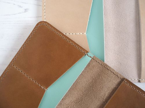 Tan & Cream Passport Holders 2