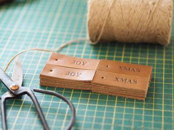 Handmade Leather Custom Tags - Set of 10 - Reusable Gift Tags, Wedding Favour Tags - Tan Brown