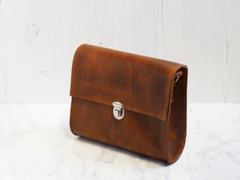 Genuine Hand Stitched Leather Shoulder Bag 'Katie' - Conker Brown