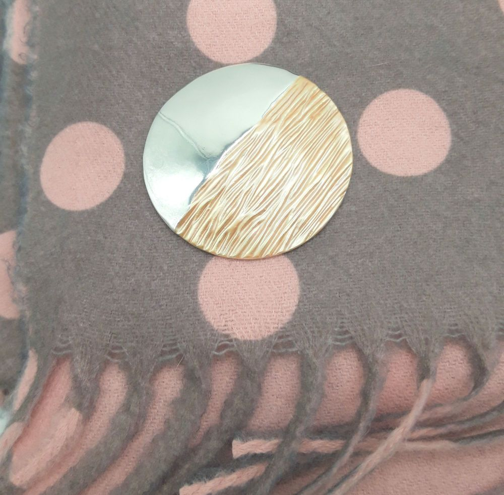 The Pretty Pash Co. Pashmina Magnet - Peach Wave