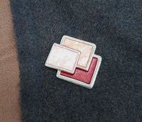 Pashmina Magnet - Red Squares
