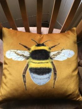 VELVET YELLOW BEE CUSHION